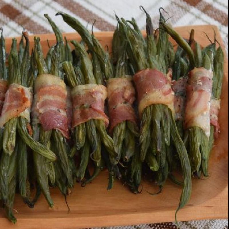 Baconba tekert zöldbab - Zöldséges ételek - Hajókonyha recept